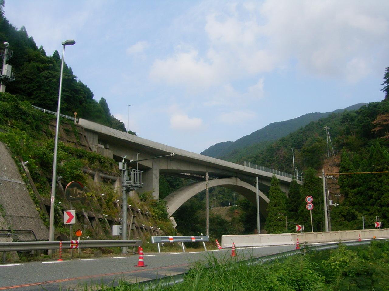 国道9号矢井原橋拡幅工事
